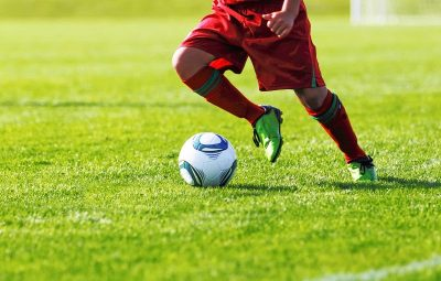 How to play football – the fundamental skills you need to master